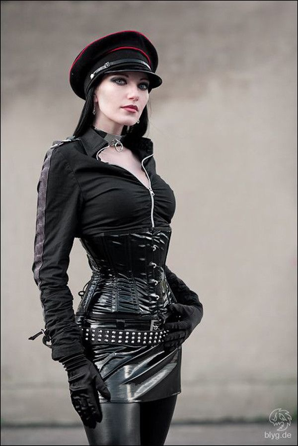 Steampunk / Gothic Ladies | Beauty | Fashion | Costume | Couture | by blyg