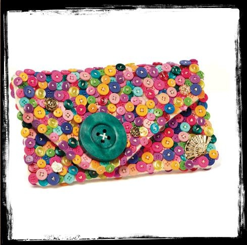 Button clutch :)Buttons Covers, Crafts Ideas, Buttons Crafts, Buttons Buttons, Buttons Wallets, Crafts Projects, Buttons Clutches, Clutches Bags, Clutches Pur