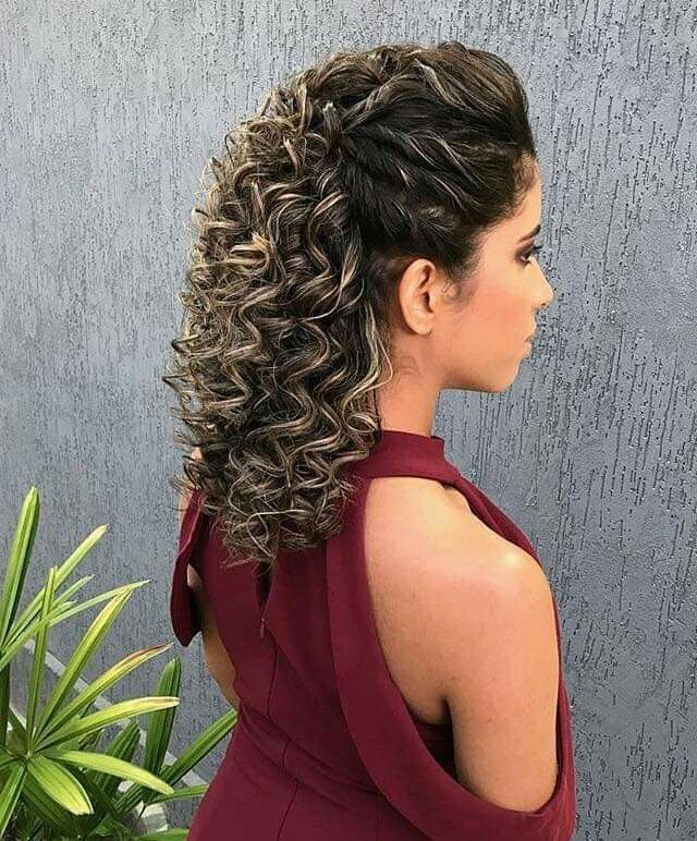 Pin By Coralia Herrera On Peinados Cabello Rizado Curly Hair Styles Naturally Curly Hair Styles Curly Hair With Bangs