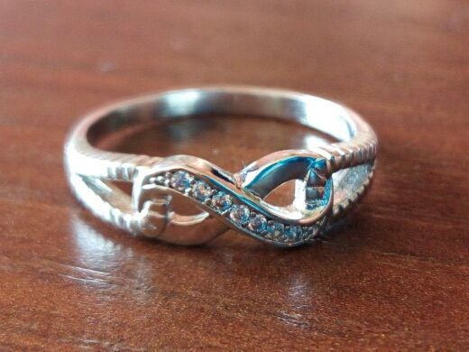 Adorable Sterling Silver 925 Infinity Ring