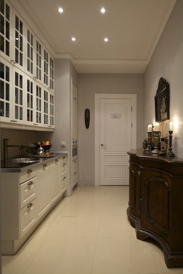 Однорядная проходная кухня