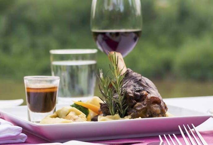 Web Marketing per il Food and Wine il 28 e 29 settembre a Nuoro. un percorso formativo intensivo di due giorni, con un focus particolare sulla promozione online delle attività del vino e del cibo.