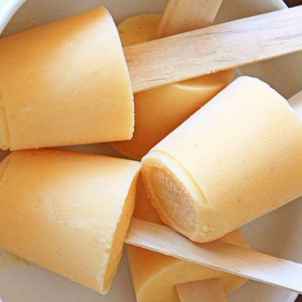 Picolé de banana, pêssego, leite de amêndoas, mel e canela