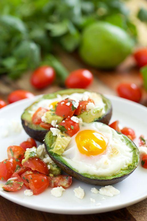 Mexican Baked Avocado Eggs (only 231 calories)   GI 365