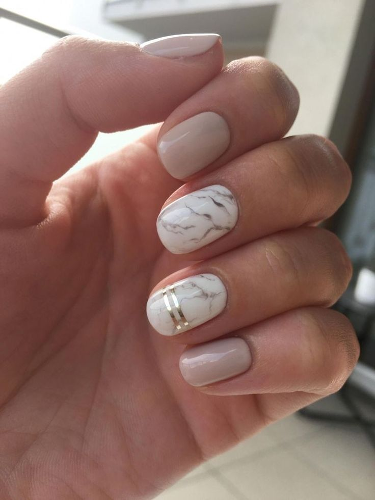42 schöne kurze Nail Art Design-Ideen für den Sommer – Simple Marble Nail Art Designs