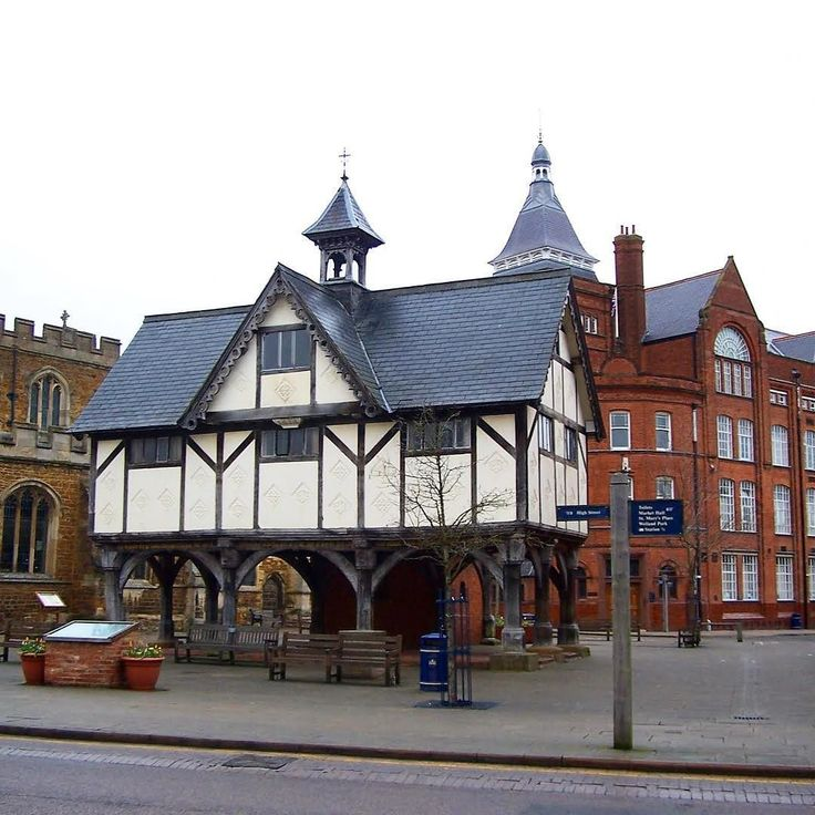 Had to run into Market Harborough with #mom today to pick her up a few things. Its a pretty old market town. #sap #CIO #CTO #erp #erp3 #technology #bigdata #AI #ML #IoT #recruit #job #makethemove #madebyme #motivation #inspire #businessowner #network #interview #recruiterlife #entrepreneur #tw #success #millionairemindset  #opportunity #keepgoing #like4like #career #consultant