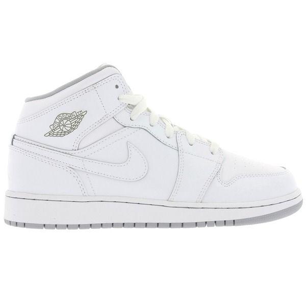 NIKE Air Jordan Retro 1 Mid #sneaker #nike #jordan #retro #classic #urban