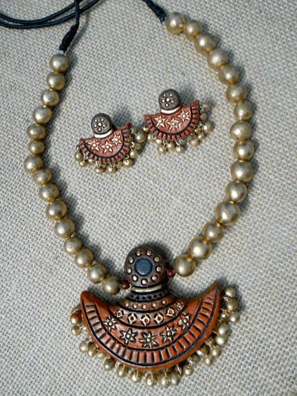 Terracotta Jewellery..........order now... you can also visit our website  www.queenzdesire.com