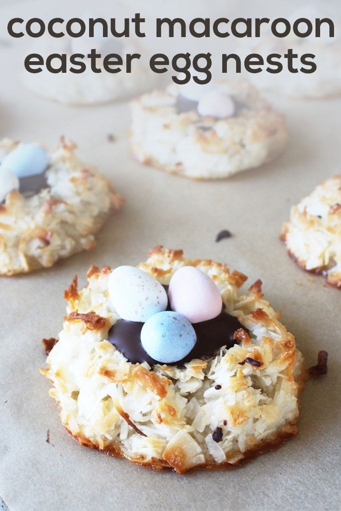 This is such a good Easter idea! Coconut macaroon cookies are made into easter nests with melted chocolate and Cadbury mini eggs. Try the recipe this spring!   Recipe by @haleydwilliams via @haleydwilliams