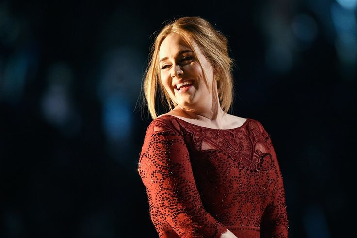 Adele & Ellen DeGeneres Pull A Genius Prank, Officially Making The Singer The Queen Of Practical Jokes — VIDEOS