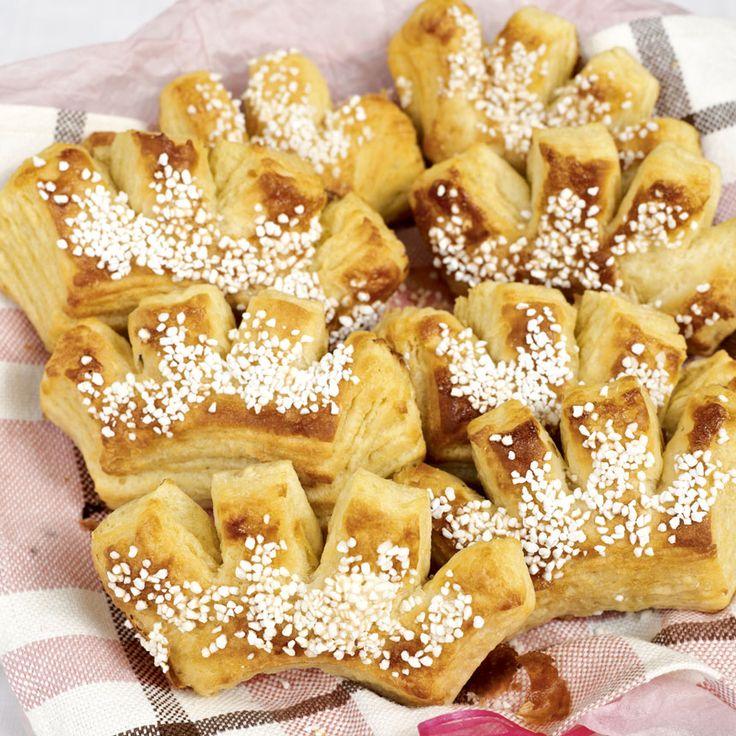 Frasiga wienerbrödskammar med knaprigt pärlsocker på toppen.