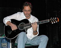 Al Di Meola (born Al Laurence Dimeola, July 22, 1954 in Jersey City, New Jersey)