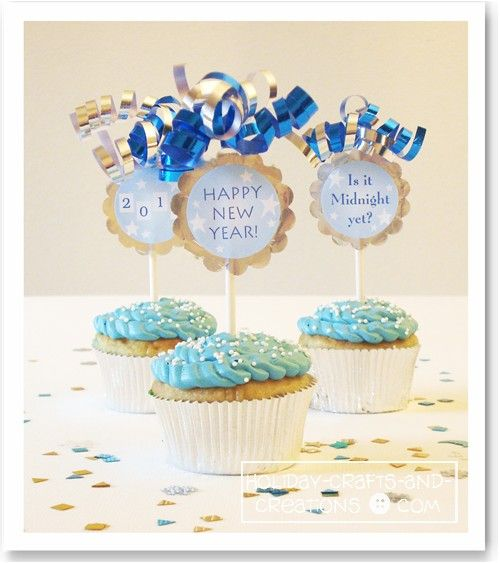 New Years Cupcake ideas with printable cupcake toppers.