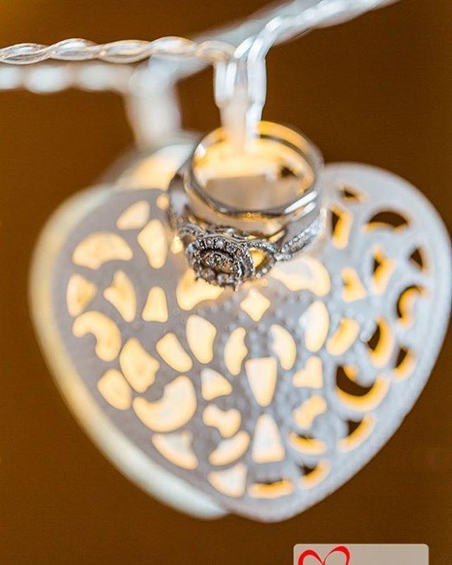 #engagementring #weddingphotographer #dublin http://ow.ly/XeQu30dPt5U #weddingphotography #silverscreenphotovideo #silverscreenphotography #silverscreenvideo #dublin