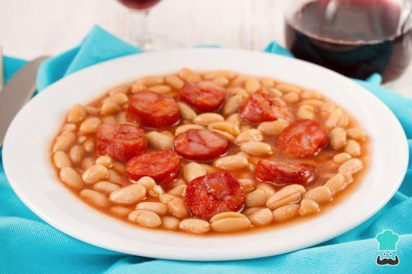 Receta De Alubias Con Chorizo De Bote Recetasgratis Net Alubias Con Chorizo Recetas Fáciles Comida