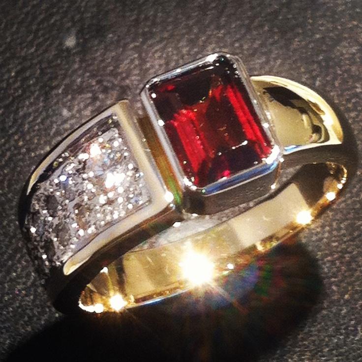 Diamond an ruby dress ring
