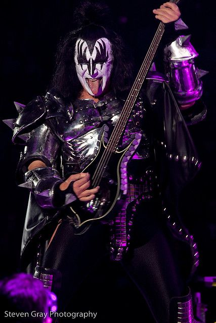 GENE SIMMONS~KISS