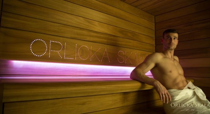 Sauna w pensjonacie Orlicka Skała, @saunaline, sauna, saunas, spa, spas, wellness, warm, hot, relax, relaxation, light, music, aromatherapy, luxury, exclusive, design, producer, health, wood, glass, project, hemlock, abachi, Poland, benefits, healthy lifestyle, beauty, fitness, inspirations, shower, bathroom