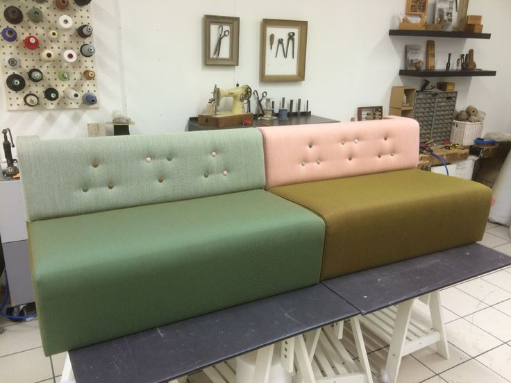Colourful sofa, love it! www.verhoomopalttina.com