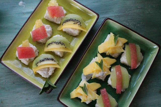 Frushi (Fruit Sushi) / What is better than combining tropical fruit and minty coconut flavours!  #summerRecipe #AfterDinner