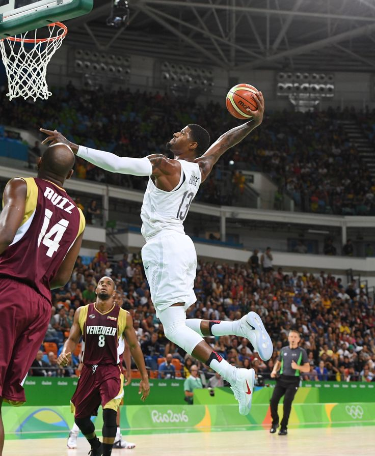 The United States men's basketball team continued its quest for a third straight Olympic gold medal Monday in Rio with a 113-69 victory over Venezuela in Group A play.