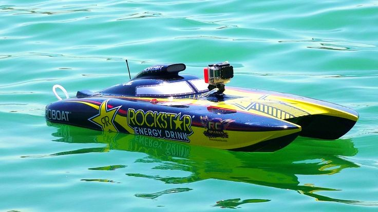 "RC ADVENTURES - Racing Dual Rockstar 48"" ProBoat Catamarans (Radio Contr..."