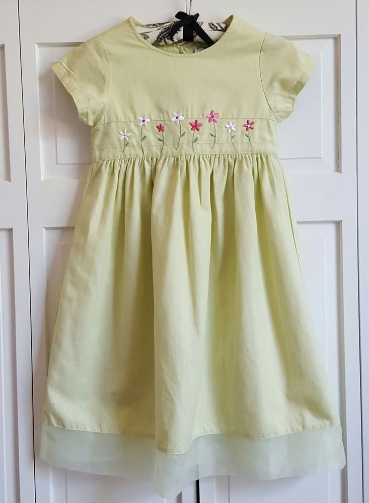 ad086127164 Gymboree girl s short sleeve spring dress. Green cotton linen blend with  embroidered bodice and organdy band at hem. Old sizing XXL 7 Years.
