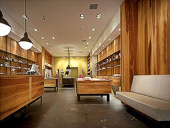 More wood inspiration! Retail design
