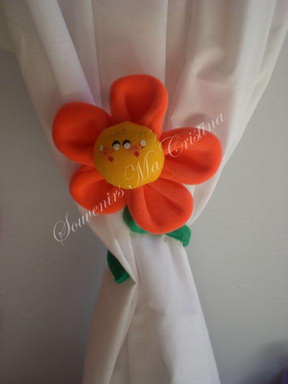 Flor sujeta cortina !!! Hermoso souvenirs