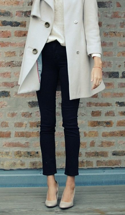 autumn autumn autumn!: Nude Shoes, Fashion, Black Skinny, Style, Outfit, Jeans, Nude Heels, Trench Coats, Black Pants