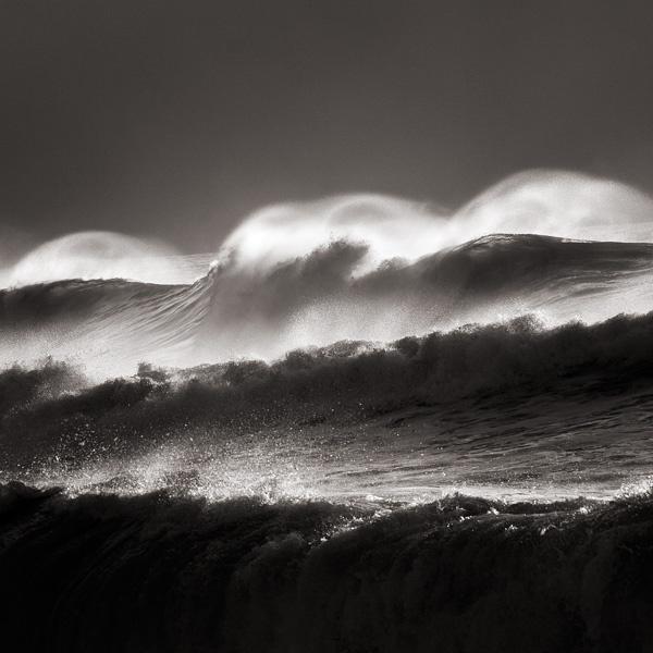 Three decker wave