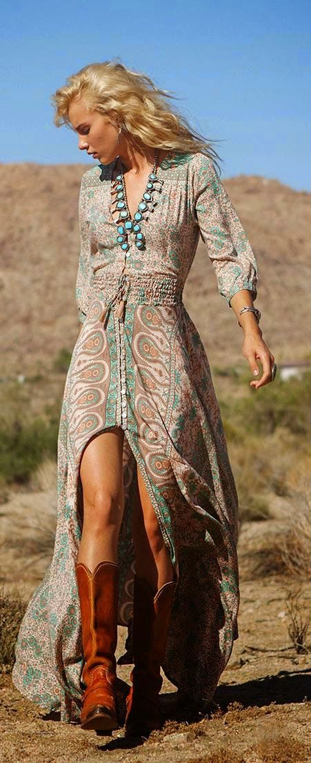 Fashion trends | Spring/summer boho dress, teal necklace, cowboy boots