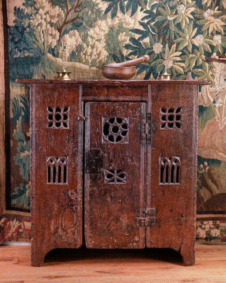 Early Tudor Hutch, Marhamchurch antiques