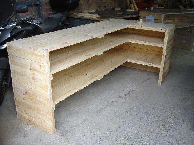 17 mejores ideas sobre mostradores para tienda en for Modelos de bares para casa en madera