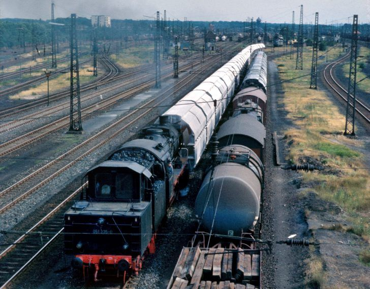 Duisburg-Wedau 051-235-0, 07.1973