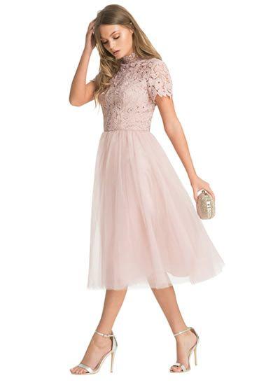 Warum Trend-Tüll dich zu einem Prinzessinen-Kleid machen lässt?