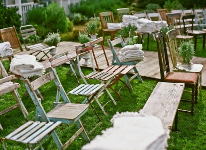 Buiten bruiloft sfeer idee decoratie inspiratie pinterest - Buiten idee ...