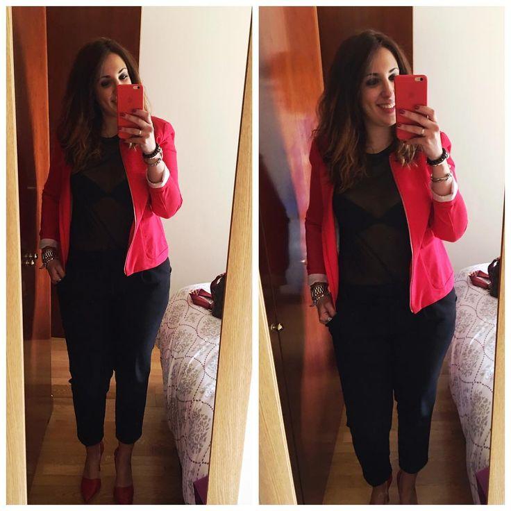20 de abril del... �� hoy de rojo para pasar el jueves que ya casi estamos en viernes ���� qué tal vuestro día? Yo en un rato salgo de trabajar y al gimnasio ����♀️����♀️ un besazo enorme ���� #look #lookoftheday #outfit #outfitoftheday #lookdeldia #picoftheday #ladystyle #streetwear #streetstyle #fashion #fashionista #fashionlover #myoutfittoday #todaysoutfit #todayimwering #instapoco #instagram #instasize #instagrammers #instamood #ootd #tagsforlike #primark #stradivarius #stevemadden…