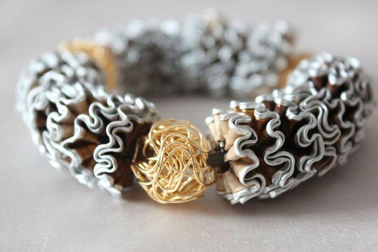 Wunderschönes Armband aus Nespresso-Kapseln von Klein aber Fein auf DaWanda.com