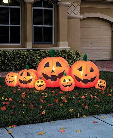 Light up your yard with Halloween spirit by adding this 8' Inflatable Pumpkin Patch. Easy to set up, it features seven jack-o'-lantern pumpkins in various sizes
