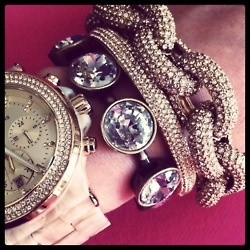 oversized accessories: Arm Candy, Chains Bracelets, Style, Chunky Jewelry, Jewels, Accessories, Watches, Arm Parties, Bling Bling
