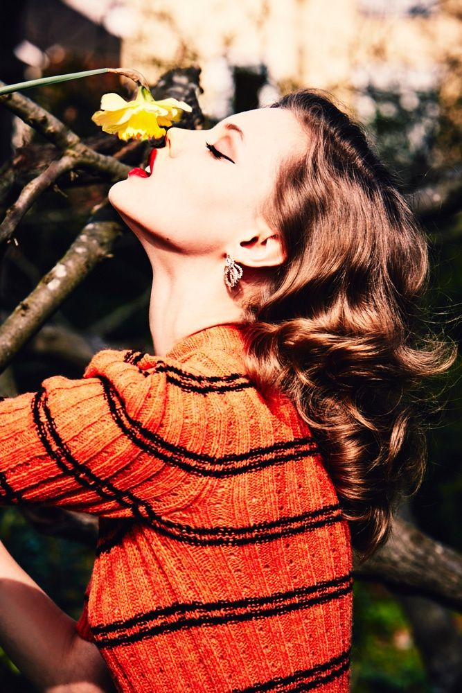 LINDSEY WIXSON IS A RETRO BABE FOR ELLEN VON UNWERTH IN VOGUE RUSSIA