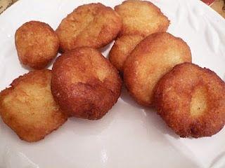 Buñuelos de Yuca--Cassava Donuts - Nicaraguan Dish