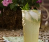 Homemade ginger ale: Misc Food, Food Marketing, Asian Food, Homemade Gingeral, Gingeer Ales, Homemade Ginger Ales