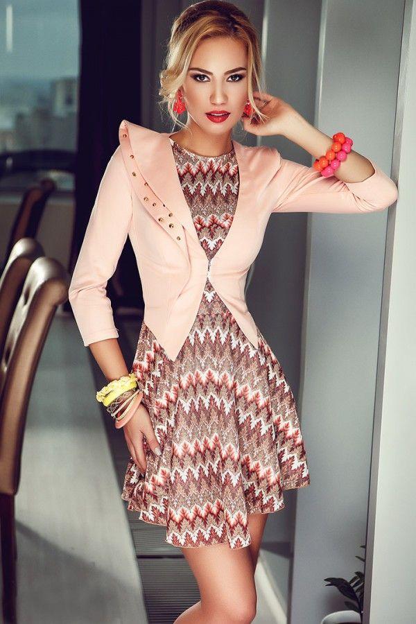 £: Giacca rosa - modello a vita - rever con strass - fondo a punta - GIACCHE & GILETS - Abbigliamento » Moda Mania