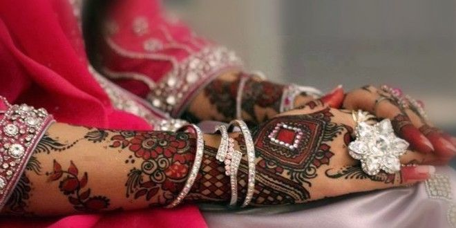 Cool Hands Mehndi Designs for Brides 2016