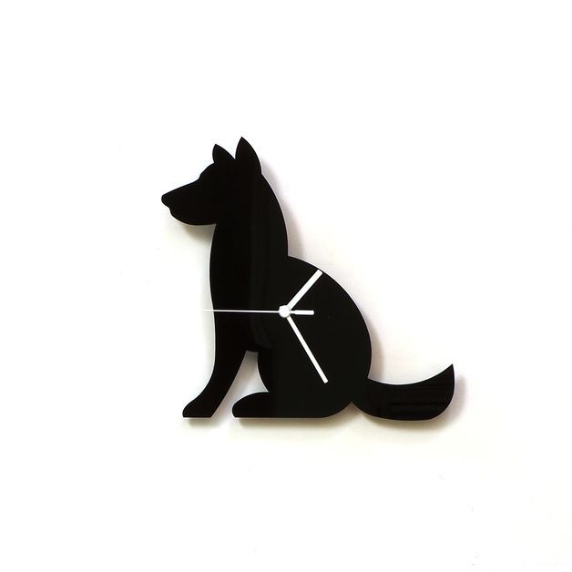 Wanduhr für Hundeliebhaber, minimalistische Wohndeko / home decor for dog owners: clock in shape of a dog made by clockideas via DaWanda.com