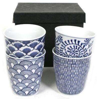 Mokken met Japanse patronen