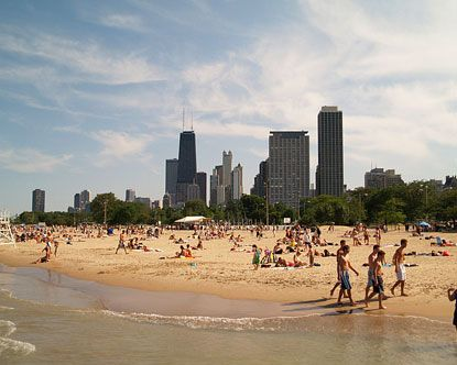 When it warms up in the Windy City, you have the option of going to the beach off of the lake shore. Try North Avenue beach. It's not too far from downtown or the #loop. Enjoy the summer sun!