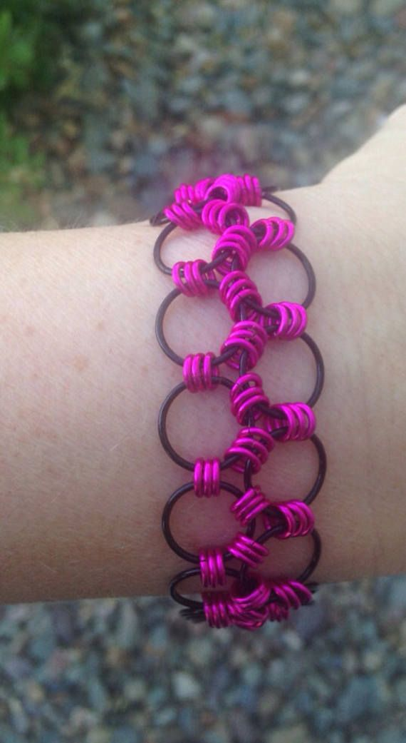 Chainmaille Bracelet Japanese 6-1 Chainmaille Pink and black